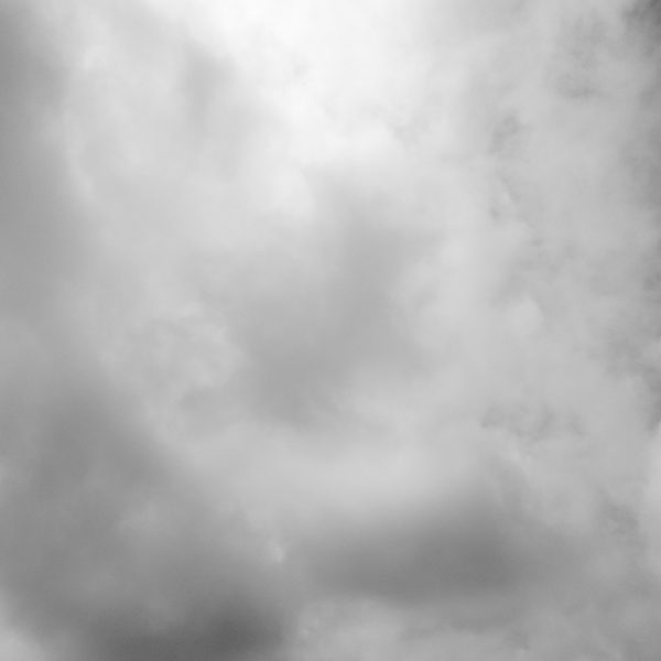 曇り空の日